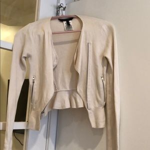 BCBG - Size XS - White Cropped Sweater